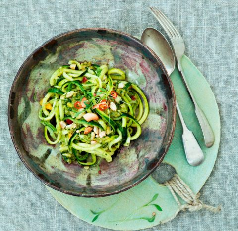 gwinganna-lifestyle-retreat-zucchini-noodle-salad-with-pesto-1-1